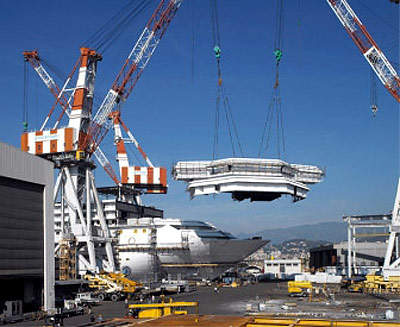 Installation of the bridge at the shipyard in Genoa.
